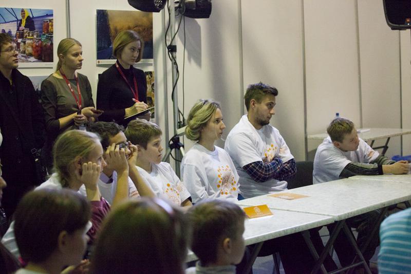 Фото к Вечно молодой Росомаха и Вполне Вероятный Халк: более 100 посетителей КРЯКК-2014 побывали на первом в России «Суде над супергероями»