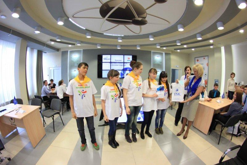 Фото к В ИЦАЭ Красноярска прошла краевая образовательная игра «Атомные короли»